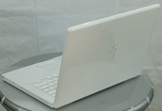 Brand new Apple MacBook Pro MC026LL/A 15.4